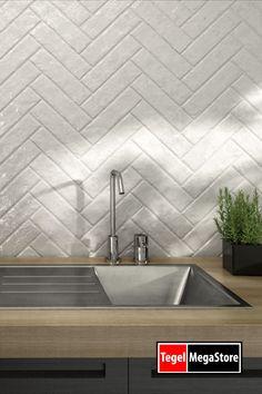 Kitchen Inspiration, Kitchen Ideas, Design Your Life, Backsplash, Tile Floor, Buffet, House Design, Interior Design, Bathroom