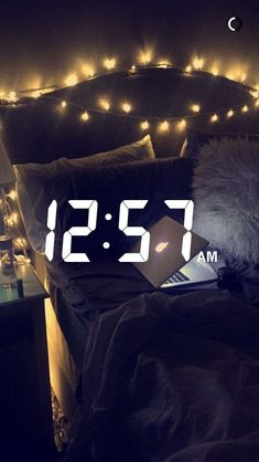 Keep improving my room 💖💖 About Snapchat, Instagram And Snapchat, Photo Instagram, Instagram Story, Jess Conte, Snapchat Streak, Pregnant Couple, Snapchat Stories, Flirting Tips For Girls