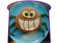 Adorable Animal Sandwiches You Can Make in Five Minutes or Less! | iVillage.ca ~ Spun Up Snack