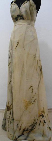 vestido em crepe pintado à mão e confeccionado por Atelier Vestido Bonito