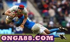 Rugby is basically a group video game in which your major objective is to rack up more points in contrast to the other team. In each team of rugby there are 15 gamers on the area Rugby Sport, Rugby Men, Nfl Football, American Football, Rugby Wallpaper, Hd Wallpaper, English Rugby, Rugby Championship, Dangerous Sports