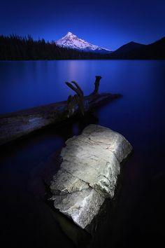 Mt. Hood from Lost Lake, Mt. Hood National Forest, Hood River, Oregon, USA
