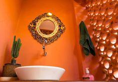 Asian style bathroom in Hostel Alice in São Paulo, Brazil