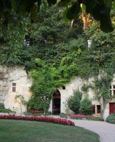 Troglodytes, Houses, Plants, France Travel, Tourism, Homes, Plant, House, Computer Case