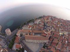Alghero in tutta la sua bellezza dall'alto. Foto scattata dal #drone di #Torredelproticciolo #Alghero #Sardegna