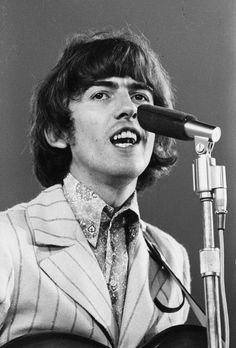 George Harrison, Shea Stadium, New York, 23 August John Lennon Paul Mccartney, John Lennon Beatles, All My Loving, All You Need Is Love, George Harrison Young, Liverpool, The Beatles Live, The Quiet Ones, The Fab Four
