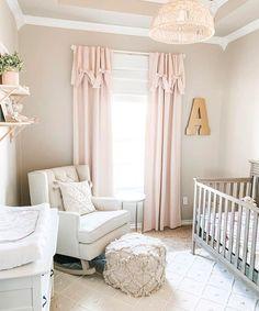 Baby Girl Nursery Decor, Baby Bedroom, Baby Room Decor, Room Baby, Nursery Curtains Girl, Baby Girl Nursery Pink And Grey, Baby Rooms, Chic Nursery, Blush Nursery