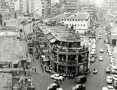 1960s 142B Yau Ma Tei Canton Road is now Jade Market in Jordan