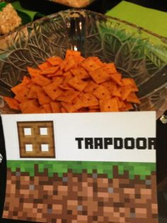 Minecraft Trapdoor Sign Tent for snacks treats food (various snack ideas)