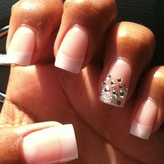 Pearl French tip nails and rhinestone/crystal ring finger Pearl Nails, Rhinestone Nails, Bling Nails, New Nail Art Design, Best Nail Art Designs, Nails Design, French Nails, Hair And Nails, My Nails