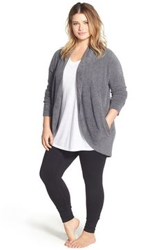 Breathtaking Magnificent Plus Size Outfit to Copy Right Now from https://www.fashionetter.com/2017/08/14/magnificent-plus-size-outfit-copy-right-now/