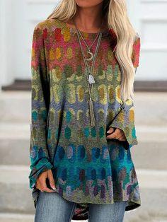 Floral-Print Long Sleeve T-Shirt - ninacloak.com Vetements Clothing, Mode Hippie, Moda Fashion, Women's Fashion, Latest Fashion, Fashion Casual, Fashion Online, Print Shift, Mode Outfits