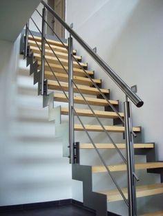 stalen trap - Google zoeken Beautiful Stairs, Inspiration, Google, Home Decor, Stairs, Architecture, Interiors, Biblical Inspiration, Decoration Home