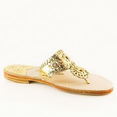 The Classic from Palm Beach Sandals Anchor Monogram, Classic Gold, Palm Beach Sandals, Good Skin, How To Look Pretty, Beauty Hacks, Diy Beauty, Going Out, Pure Products