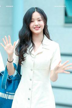 Fashion Tag, Daily Fashion, Woo Young, Naturally Beautiful, Airport Style, Beautiful Asian Girls, Kpop Girls, Korean Girl, Girl Group