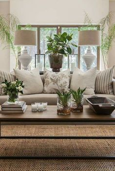 Interior Living Room Design Trends for 2019 - Interior Design Home Living Room, Interior Design Living Room, Living Room Designs, Living Spaces, Neutral Living Rooms, Apartment Living, Living Room Decor For Walls, Beige And White Living Room, Coffee Table Decor Living Room