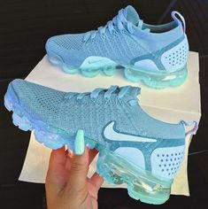 Schuhe nike sneakers womans - Lady Footwear Article Physique: Right Hype Shoes, Women's Shoes, Me Too Shoes, Shoes Style, Casual Shoes, Nike Casual, Play Shoes, Comfy Shoes, Women's Casual