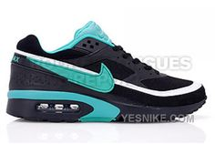 Nike Air Max Classic BW Women's - Black / Emerald Green The Nike Air Max Classic BW has been blasting out in various colorways. Today, we have a look at the latest colorway to release. The Nike Air Max Classic B Cheap Nike Air Max, Nike Air Max For Women, Nike Women, Kd Shoes, Free Shoes, Cheap Shoes, Air Max Classic, Air Jordan Basketball Shoes, Air Max Sneakers