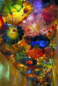 Chihuly... ceiling sculptures... blown glass for those unfamiliaar with Chihuly...