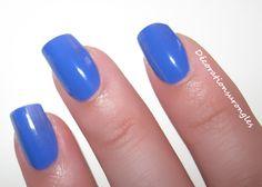 swatch nail polish kiko 337 blue