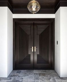 zone d'inspiration - Lilly is Love Modern Entrance Door, Main Entrance Door Design, Wooden Main Door Design, Modern Exterior Doors, Double Door Design, Double Doors Interior, Door Design Interior, Front Door Design, Modern Door