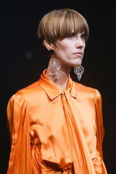 Balenciaga Spring 2018 Ready-to-Wear Accessories Photos - Vogue