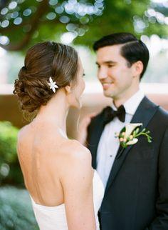 #hairstyles  Photography: Graham Terhune Photography - www.grahamterhune.com  Read More: http://www.stylemepretty.com/2014/12/02/classic-north-carolina-wedding-at-the-carolina-inn/