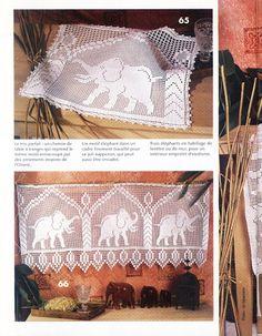 Хочу связать в качестве шторы в комплекте с тканью с классическим дамаском.