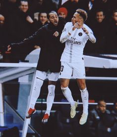 Neymar of Paris Saint-Germaincelebrates with Dani Alves of Paris. - Best of Wallpapers for Andriod and ios Best Football Players, Soccer Players, Saint Germain, Neymar Jr Wallpapers, Dani Alves, Disney Movie Quotes, Paris Saint, Chelsea, Fat To Fit