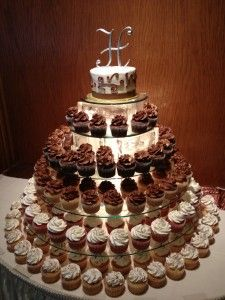 Cupcake displays pies cupcakes cupcakes ideas wedding cupcakes cakes