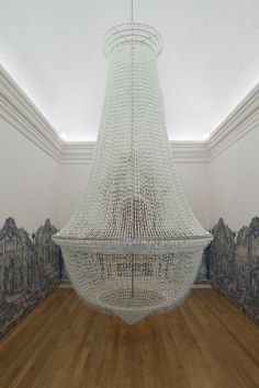 Joana Vasconcelos 'A Noiva [The Bride]' 2001-2005  OB tampons, stainless steel, cotton thread, steel cables  600 x Ø 300 cm