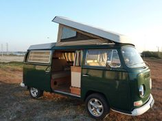 This week will be on our shop, for sale, a nice 69 westfalia.Don't need any kind of job, just turn key and have your dream holidays trip
