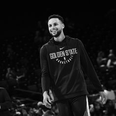 Basketball To Buy Refferal: 9003869192 Stephen Curry Poster, Nba Stephen Curry, Stephen Curry Pictures, San Diego Basketball, Stephen Curry Basketball, I Love Basketball, Basketball Quotes, Nba Champions, Nba Players
