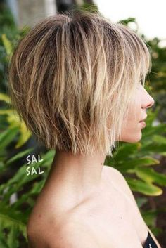 70 Overwhelming Ideas for Short Choppy Haircuts - Best Hair Styles EVER Choppy Bob With Bangs, Short Choppy Haircuts, Short Hair With Layers, Haircuts With Bangs, Short Bob Hairstyles, Short Choppy Bobs, Layered Bob With Bangs, Short Layered Bobs, Short Shaggy Bob