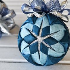 Rosebud Pattern eBook by Sugarplum – The Ornament Girl Market Folded Fabric Ornaments, Quilted Christmas Ornaments, Handmade Christmas, Christmas Diy, Christmas Carol, Star Ornament, Ornament Crafts, Christmas Crafts, Pinwheel Quilt