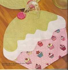 Amor-Perfeito-Amor: Cupcake - jogo americano - pap e molde