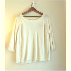 White / cream knit sweater with open back White/cream knit sweater with open back detail from forever 21. Really cute dresses up or down! Forever 21 Sweaters Crew & Scoop Necks