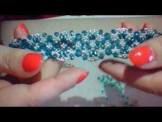 YouTube Handmade Accessories, Hair Accessories, Handmade Bracelets, Beaded Bracelets, Verde Jade, Hair Beads, Bracelet Tutorial, Beading Tutorials, Bead Weaving