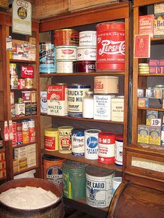 Vintage kitchen tins