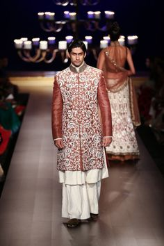 Suit by Manish Malhotra at ICW 2014