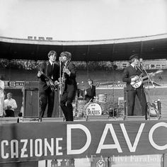 June 1965 The Beatles played two shows on this day at the Veledromo Vigorelli. The Beatles Live, Kinds Of Dance, Liverpool England, Beatles Photos, The Fab Four, Yellow Submarine, Like Animals, Paul Mccartney, The Life