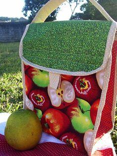 Fofa demais essa Lunch Bag super útil!    R$50,00