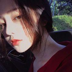 Ulzzang girl Facebook : Hàn Thừa Tầm Ins : mars_top_ver