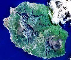 La Réunion — la plus belle île du Monde, et pis c'est tout !