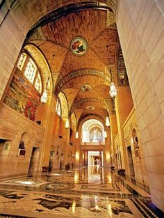 Lincoln, Nebraska, trip guide: The state university (broken into city and east campuses) and the lively Haymarket District energize Nebraska's capital.