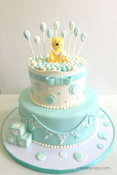 Teddy Bear And Balloons Boy Baby Shower This was simply an adorable baby shower cake. The cake table look amazing! Torta Baby Shower, Baby Shower Niño, Cake Central, New Cake, Just Cakes, Cake Table, Girl Cakes, Baby Decor, Birthday Parties