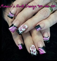 Acrylic nails by Muñeca's Nails Design