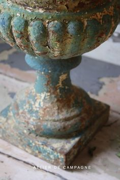 19th century French Urn from Atelier de Campagne - The most beautiful antiques.