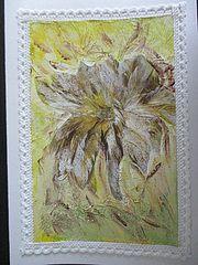 Carte de voeux faite main représentant un panache de plumes dorés. Marie-Christ-Ine