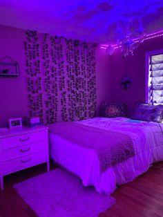 𝔻𝕖𝕔𝕠𝕣 Neon Bedroom, Room Design Bedroom, Room Ideas Bedroom, Bedroom Decor, Bedroom Inspo, Neon Lights Bedroom, Chill Room, Indie Room, Teen Room Decor